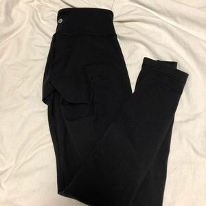 Black wunder under thick material